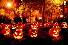 Halloween với những trái bí ngô kỳ bí, huyền ảo - Ảnh 1