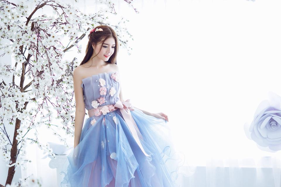Ngắm bộ ảnh búp bê Việt Lily Luta mặc váy cô dâu đẹp long lanh - Ảnh 3