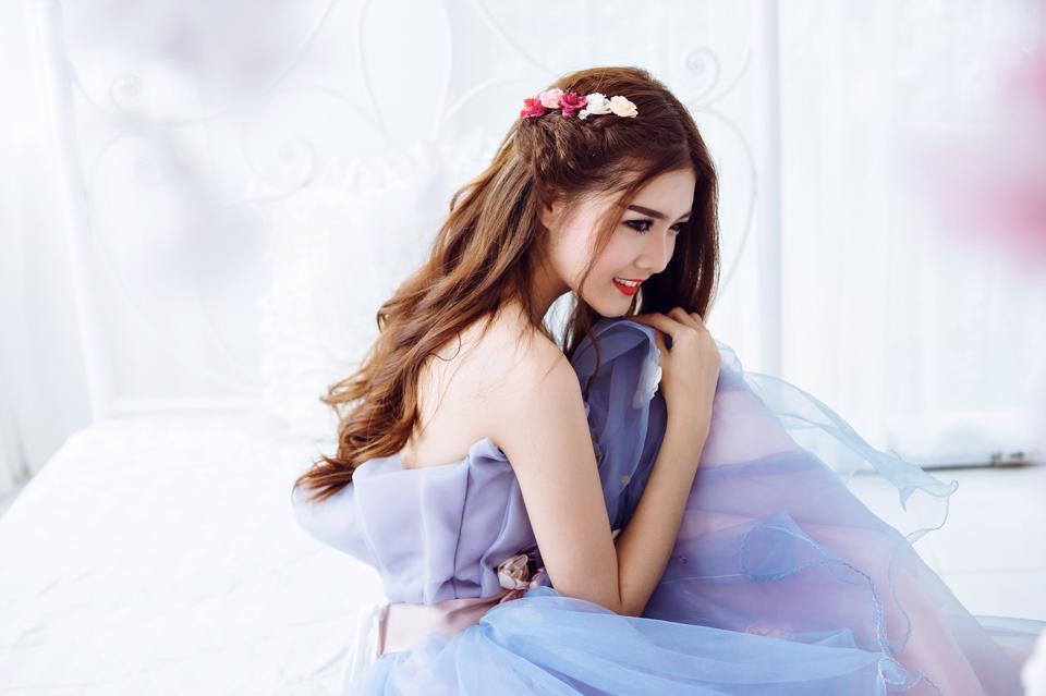Ngắm bộ ảnh búp bê Việt Lily Luta mặc váy cô dâu đẹp long lanh - Ảnh 7