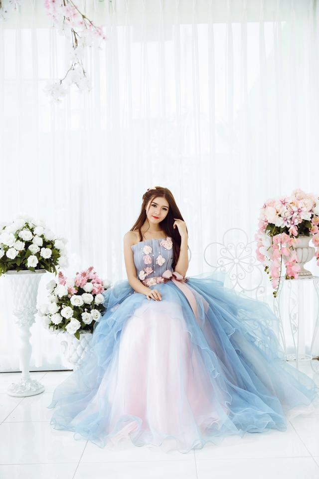 Ngắm bộ ảnh búp bê Việt Lily Luta mặc váy cô dâu đẹp long lanh - Ảnh 10