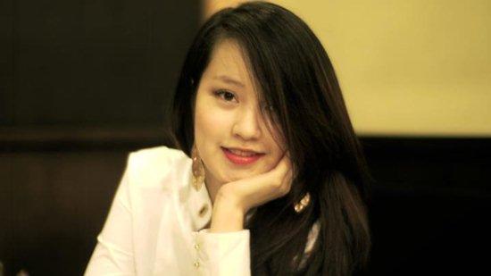 Mê mẩn nhan sắc cựu hot girl Việt làm mẹ nhưng vẫn xinh lung linh - Ảnh 16