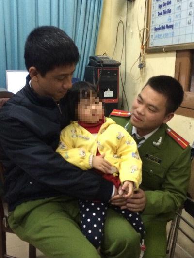 Hà Nội: Giải cứu thành công bé gái 4 tuổi bị bắt cóc - Ảnh 1