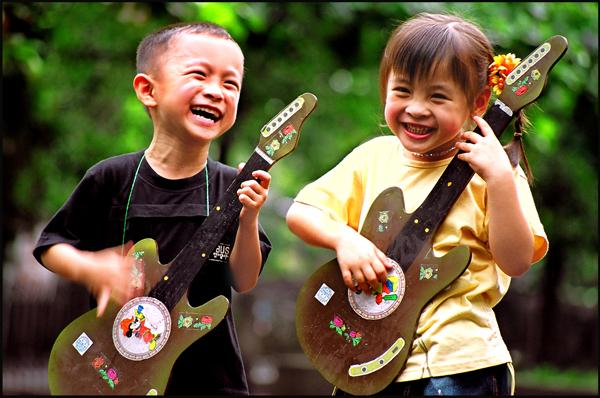 Ngày Quốc tế Hạnh phúc: Ngắm những nụ cười yêu đời - Ảnh 4