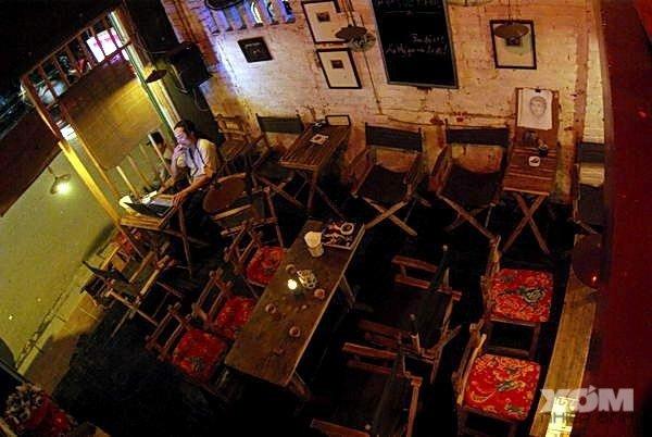 Trải nghiệm thú vị với những quán cafe cổ điển tại Hà Nội - Ảnh 3