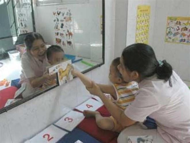 Phương pháp điều trị bệnh tự kỷ mới cho trẻ - Ảnh 1
