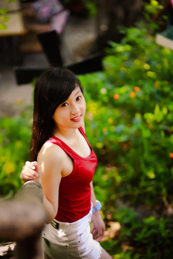 Hot girl ngộ nghĩnh xinh đẹp hơn hoa - Ảnh 6