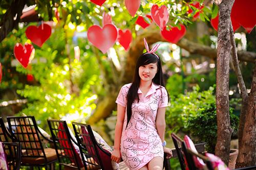 Hot girl ngộ nghĩnh xinh đẹp hơn hoa - Ảnh 2