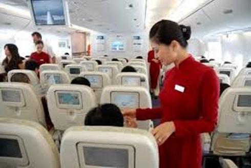Bắt quả tang hành khách Trung Quốc ăn cắp tiền trên máy bay - Ảnh 1