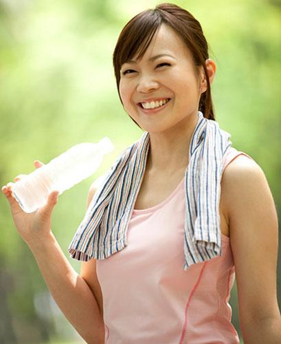 Nước đun sôi để nguội lâu ngày sẽ tự sinh chất gây ung thư - Ảnh 2