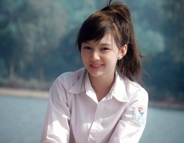 """Vẻ đẹp tựa thiên thần của nữ sinh Bắc Giang """"điên đảo"""" dân mạng - Ảnh 1"""