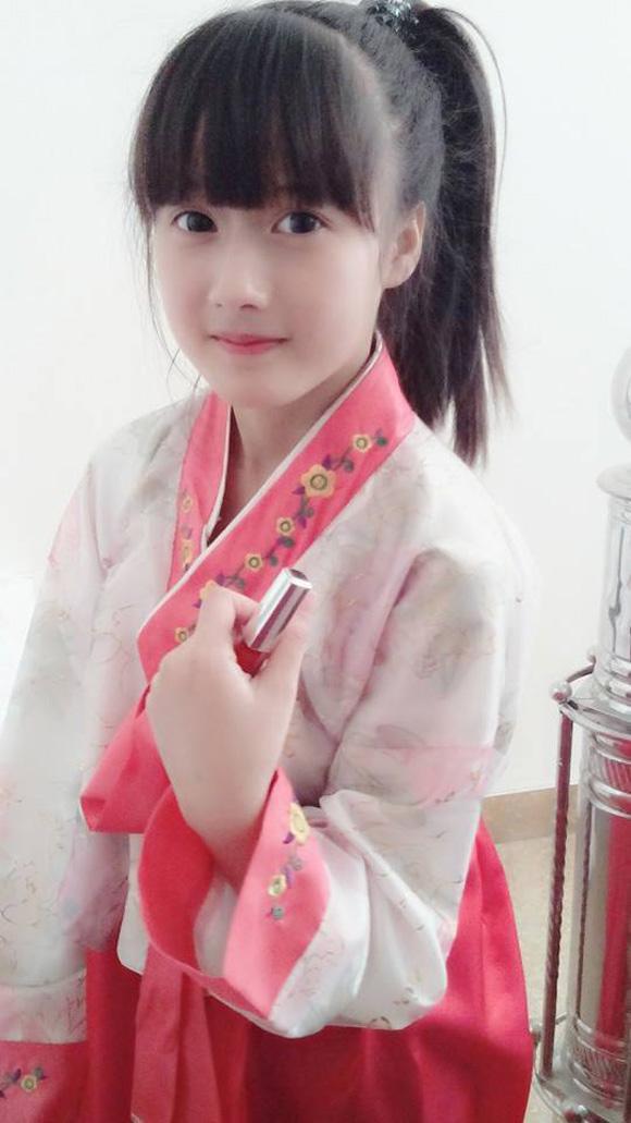 Những bé gái 10X xinh đẹp gây sốt cộng đồng mạng Việt - Ảnh 6