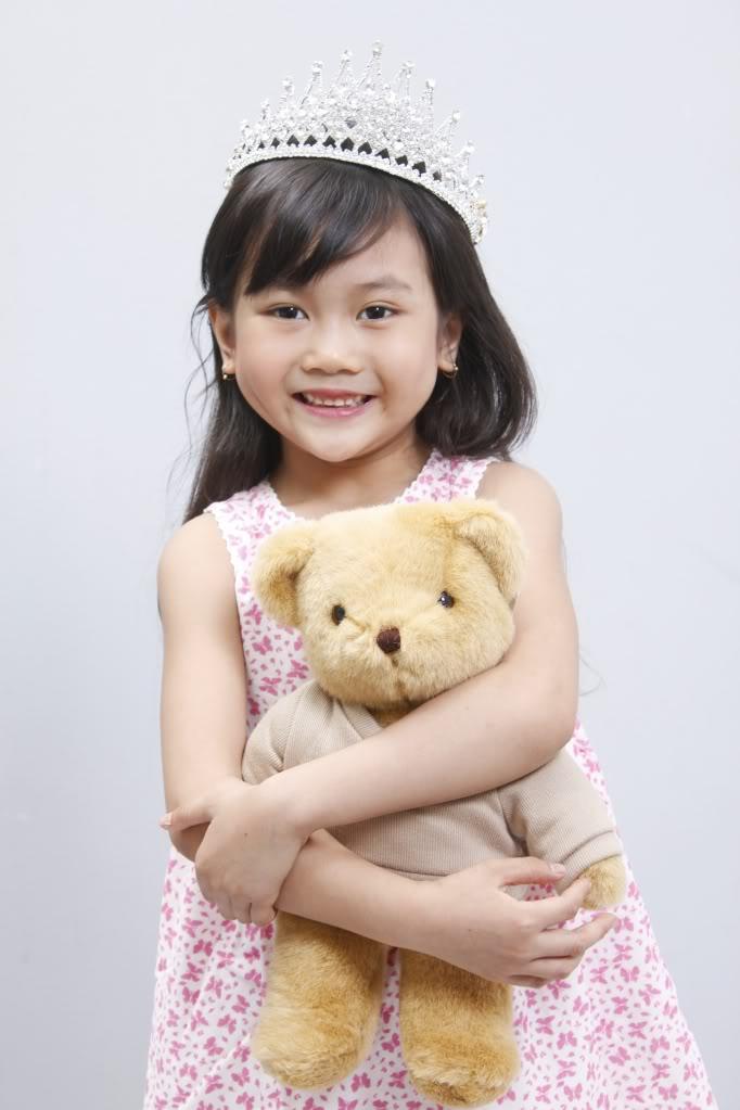 Những bé gái 10X xinh đẹp gây sốt cộng đồng mạng Việt - Ảnh 2