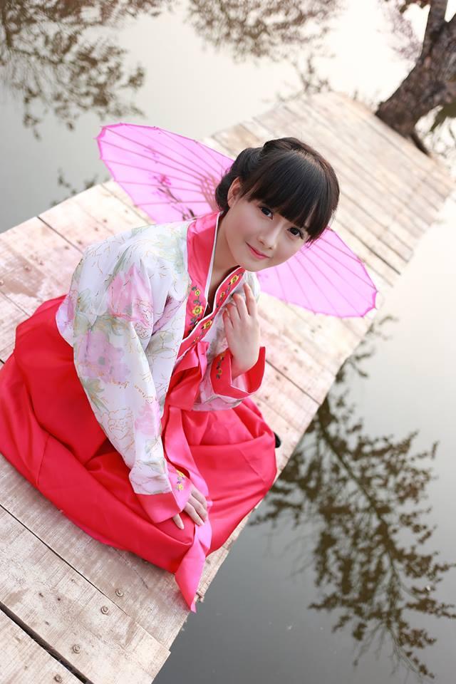 Những bé gái 10X xinh đẹp gây sốt cộng đồng mạng Việt - Ảnh 7