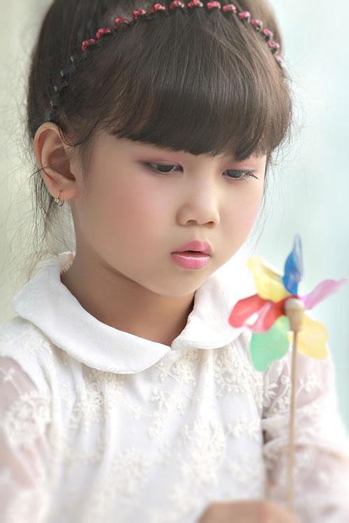 Những bé gái 10X xinh đẹp gây sốt cộng đồng mạng Việt - Ảnh 3