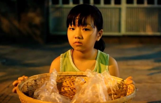 """Video: Chuyện đẫm nước mắt về """"Chiếc bánh Trung thu đặc biệt"""" - Ảnh 2"""