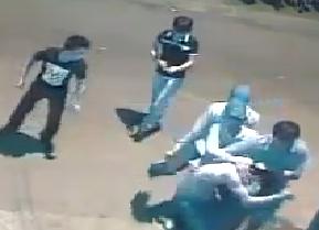Clip: Xôn xao thanh niên bị 5 người đánh hội đồng dã man - Ảnh 2