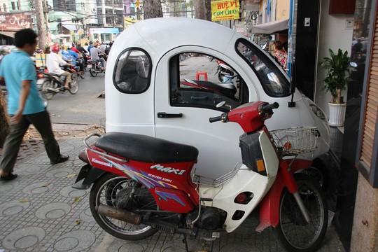 Điều khiển ô tô điện có cần giấy phép lái xe? - Ảnh 1