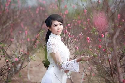 """Ngất ngây thiếu nữ Hà thành """"đọ sắc"""" bên vườn đào Nhật Tân - Ảnh 3"""