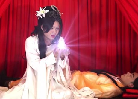"""Ngày Valentine: Xúc động với MV """"Hẹn ước"""" của chàng trai giả gái - Ảnh 3"""