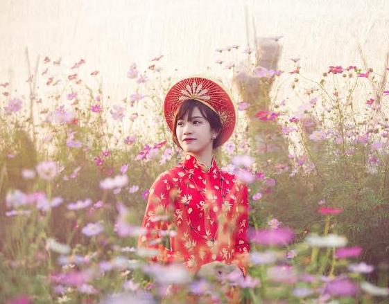 Xuân Ất Mùi 2015: Hot girl Kiến Trúc khoe sắc bên vườn đào  - Ảnh 7