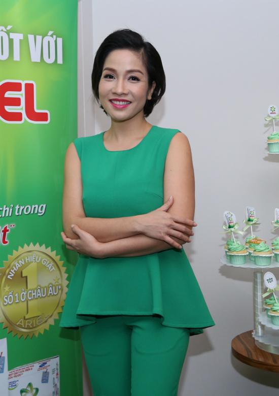 """Mỹ Linh, Thu Hương: """"Phụ nữ Việt Nam tốt thôi chưa đủ"""" - Ảnh 1"""
