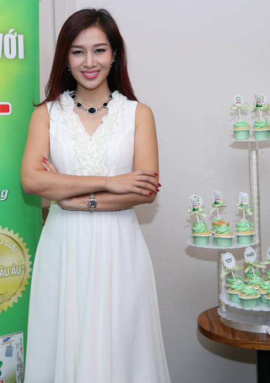 """Mỹ Linh, Thu Hương: """"Phụ nữ Việt Nam tốt thôi chưa đủ"""" - Ảnh 3"""