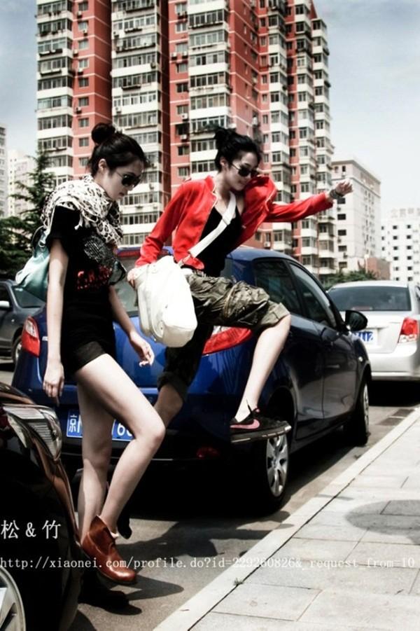 Chùm ảnh hot của cặp song sinh có đôi chân đẹp nhất Trung Quốc - Ảnh 11
