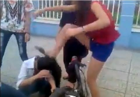 Nữ sinh Hải Dương: Đánh bạn hội đồng tàn bạo gây bức xúc - Ảnh 1