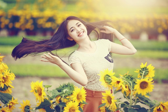Vẻ đẹp dịu dàng của hot girl 9X Đà Nẵng khiến vạn người mê - Ảnh 4