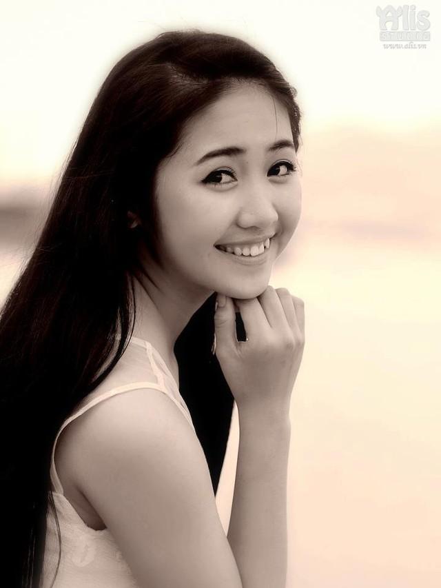 Vẻ đẹp dịu dàng của hot girl 9X Đà Nẵng khiến vạn người mê - Ảnh 5