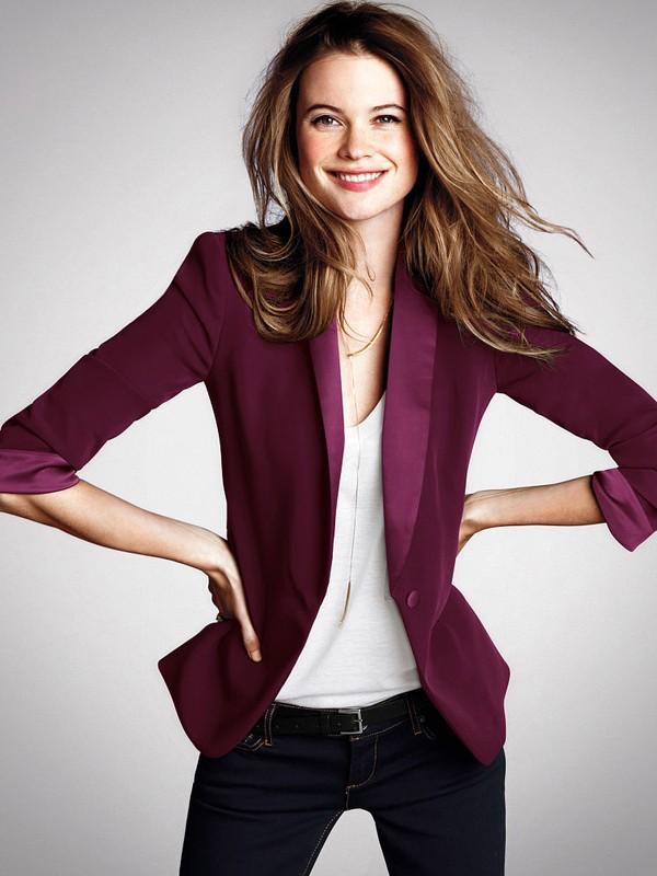 Những cách mix áo vest đẹp và quyến rũ cho nàng công sở - Ảnh 1