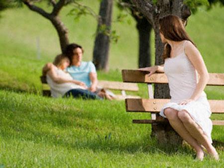 Phụ nữ đã bị chồng bỏ, chồng chê, chê chồng thì... càng mất giá - Ảnh 2