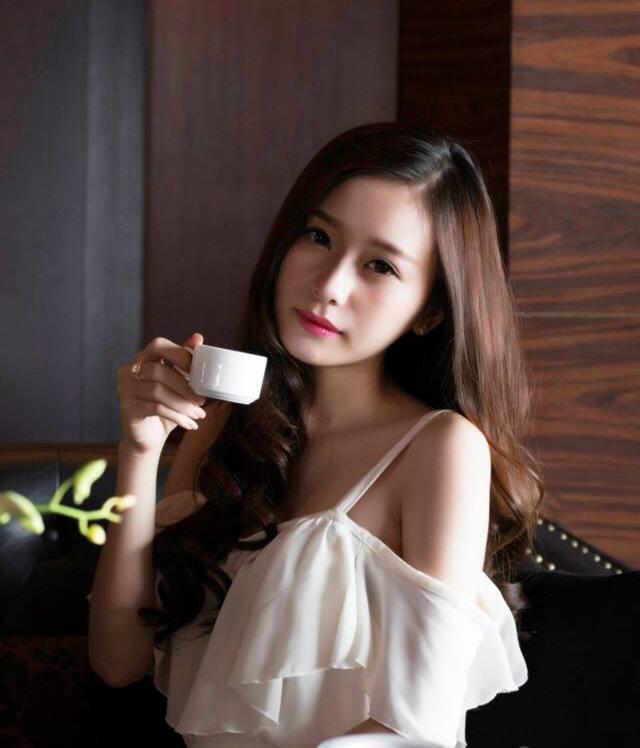Nhan sắc nóng bỏng của cô gái gái xinh đẹp Trang Cherry - Ảnh 4
