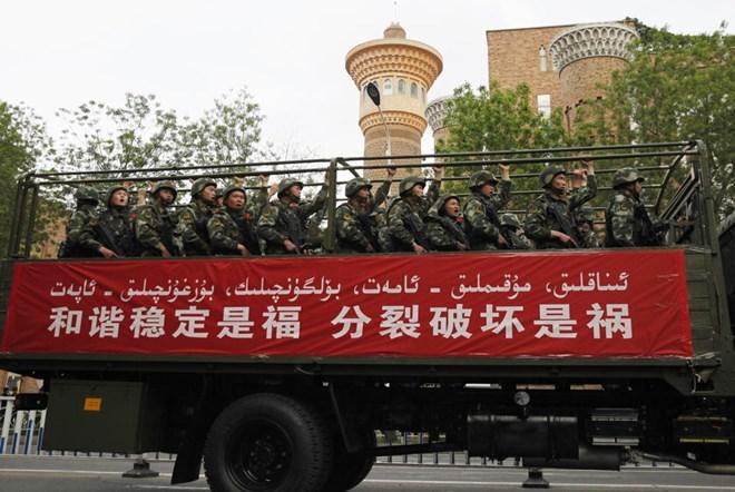 37 dân thường thiệt mạng trong vụ tấn công ở Tân Cương - Ảnh 1