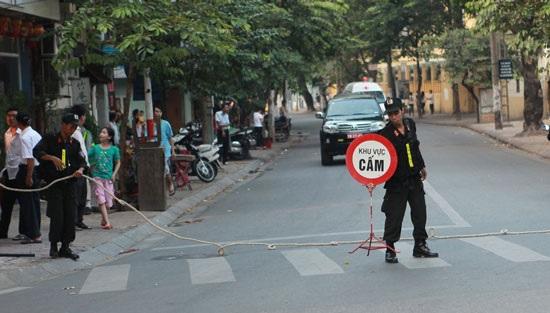 Hà Nội: Họp Quốc hội, cấm xe trên hàng loạt tuyến đường - Ảnh 1