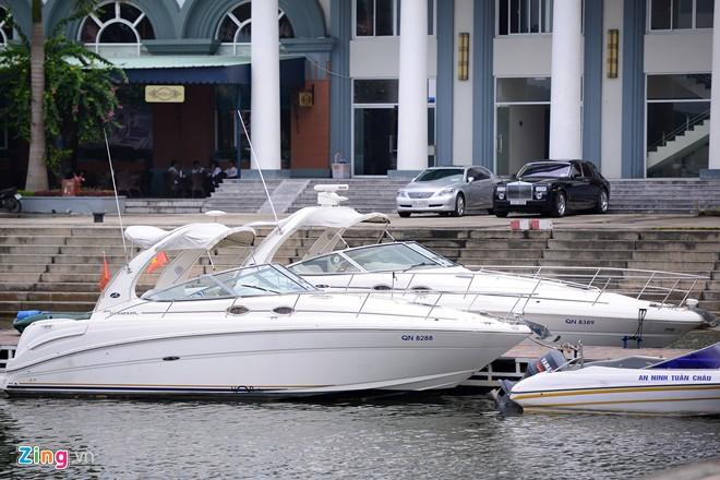 Đại gia Việt chơi du thuyền: 4 triệu đô chưa là đỉnh? - Ảnh 4