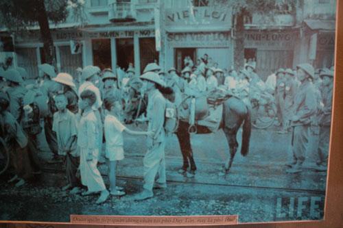 Hình ảnh Hà Nội những ngày đầu giải phóng - Ảnh 7
