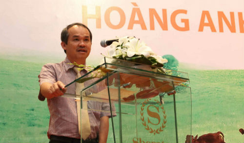 Đường siêu ngắn thành người giàu nhất Việt Nam của bầu Đức - Ảnh 1