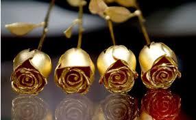 Quà Valentine: 1.490.000 đồng một bông hoa hồng  - Ảnh 1