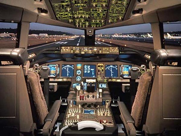Những điều chưa biết về dòng máy bay mất tích Boeing 777 - Ảnh 16