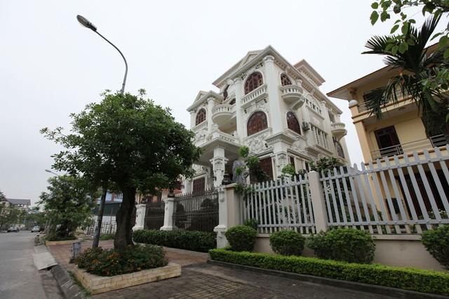 Những lâu đài ở phố nhà giàu bậc nhất Quảng Ninh - Ảnh 10