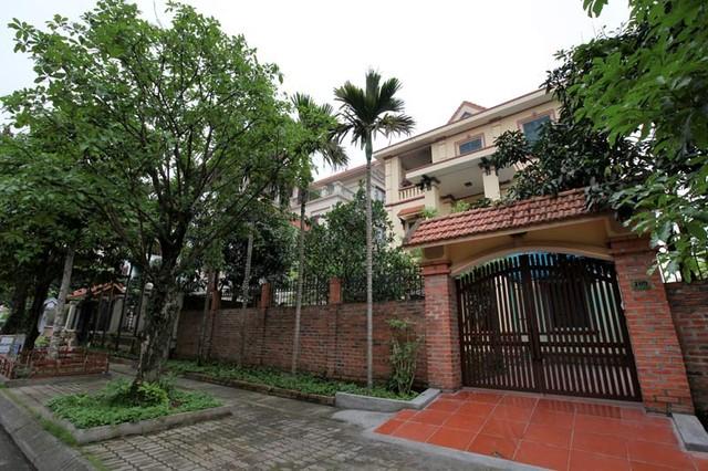 Những lâu đài ở phố nhà giàu bậc nhất Quảng Ninh - Ảnh 12