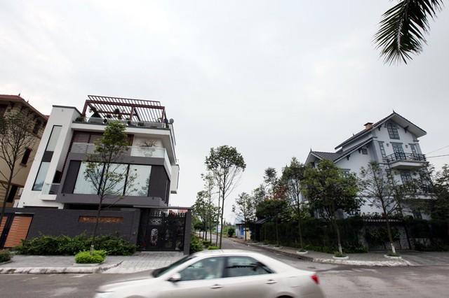 Những lâu đài ở phố nhà giàu bậc nhất Quảng Ninh - Ảnh 15