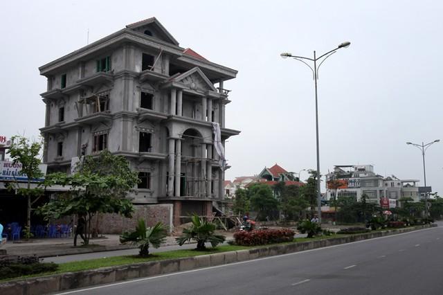 Những lâu đài ở phố nhà giàu bậc nhất Quảng Ninh - Ảnh 16