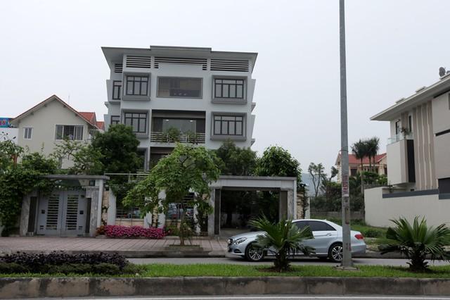 Những lâu đài ở phố nhà giàu bậc nhất Quảng Ninh - Ảnh 6