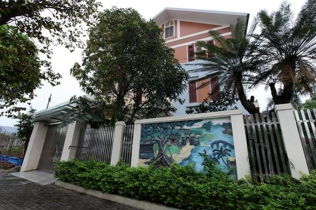 Những lâu đài ở phố nhà giàu bậc nhất Quảng Ninh - Ảnh 8