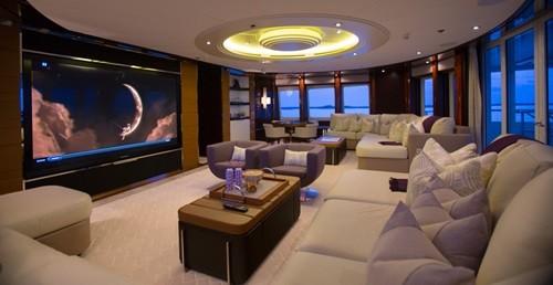 Chiêm ngưỡng siêu du thuyền giá thuê gần nửa triệu đô/tuần - Ảnh 10