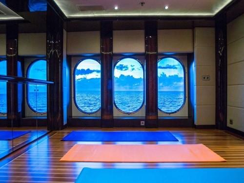 Chiêm ngưỡng siêu du thuyền giá thuê gần nửa triệu đô/tuần - Ảnh 13