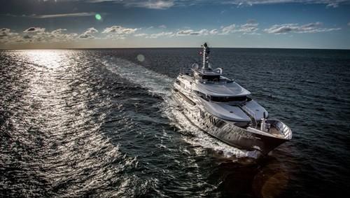 Chiêm ngưỡng siêu du thuyền giá thuê gần nửa triệu đô/tuần - Ảnh 2