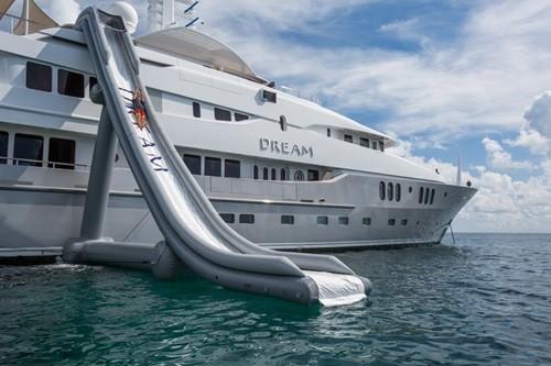 Chiêm ngưỡng siêu du thuyền giá thuê gần nửa triệu đô/tuần - Ảnh 3